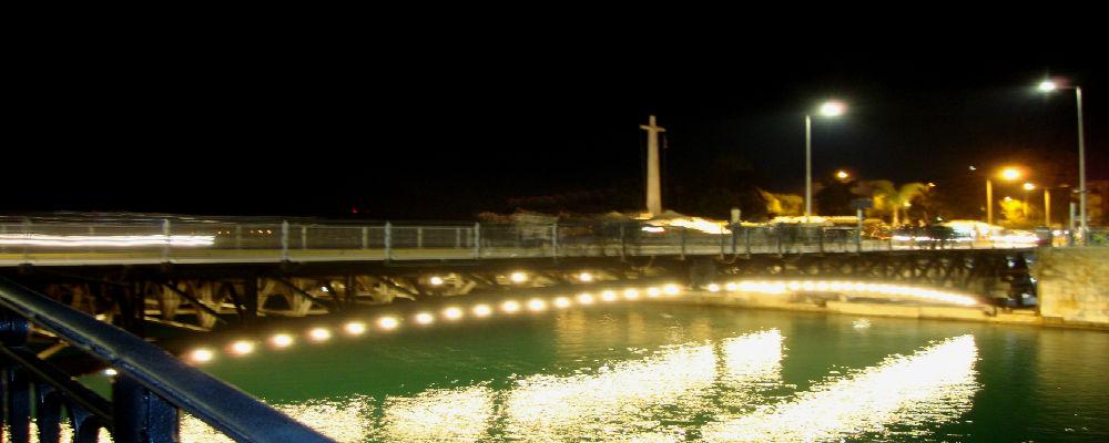 Η παλαιά γέφυρα του Ευρίπου στη Χαλκίδα